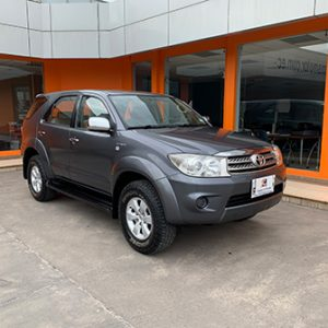 Toyota AW Fortuner